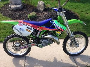 2001 KX 125 2 stoke, brand new top end