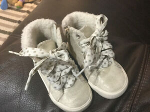Girl boots toddler size 7
