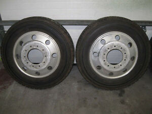 Alloy wheels and NEW tires for Ford 450 / 550 with centers