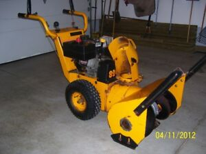 MTD 8-24 Model 60-3997-6 8hp two-stage snow blower (USED)