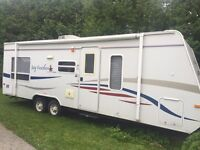 Jayco Ultra Lite 24' with 5' pop out