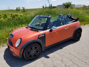 2006 Mini Cooper Convertible 5 Spd. manual only 126 000 Km
