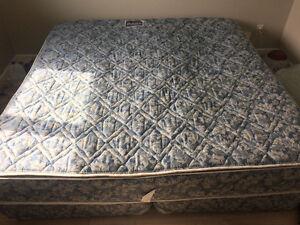 King size Majestic mattress and base set