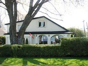 4 Bed Lake House on South Shore Lake Simcoe