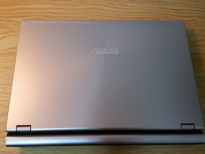 Asus Core i5 ultra slim