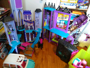Maison barbie Monster hight