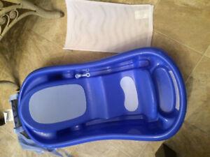 Baby bath tub in excellent condition
