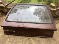Mk1 fiesta boot lid / hatch can fit on mk2