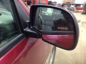 Power Heated Mirrors for 03-06 Chevy / GMC London Ontario image 3
