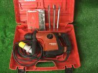 Hilti TE 30C AVR Combi Hammer Drill / lLight Breaker 110v Plus New Chisels
