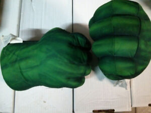 The Incredible Hulk plush fists with sound $20