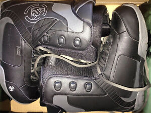 K2 Data Laced Boots - Size 11