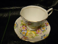ROYAL ALBERT BONE CHINA(BOX40)