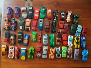 50 Hot wheels cars