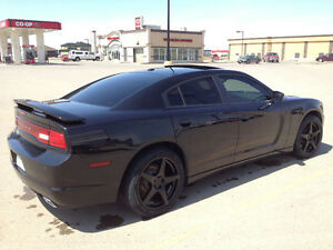 2011 Dodge Charger SXT with Sunroof Sedan