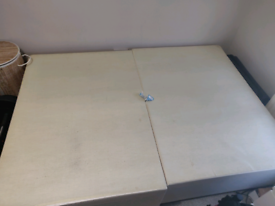 (Free) Double Size bed frame/divan
