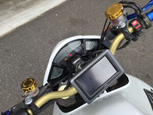 Motorcycle gps with mount