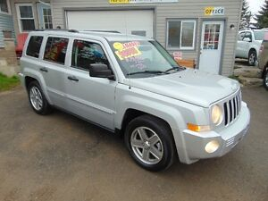 2008 Jeep Patriot Limited 4x4 Loaded SUV, Crossover