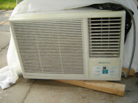 Simplicity air-conditioner 10500 BTU / Climatiseur Simplicity