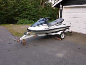 2000 Polaris Genesis PWC w/ Trailer and Docking ramp