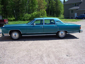 1979 Lincoln Continental Town Car- LOW KM