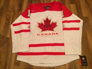 Signed Team Canada Luongo Jersey - White