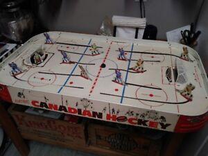 1961 Munro Canadian - Vintage Table Hockey Game