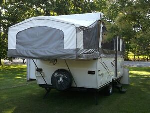 Palomino Elite 9147 pop-up tent trailer