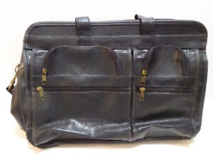 MEN'S BLACK LEATHER SOFT-SIDED BRIEFCASE - EXCEL. COND.