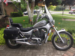Like-New Suzuki Motorcycle