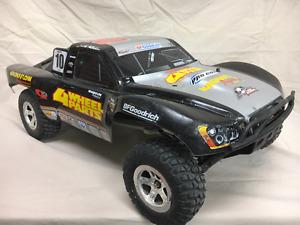 Traxxas Slash 1/10 Scale 2WD Short-Course Race Truck (Black)
