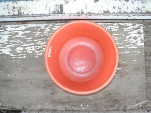 Small Plastic bowls