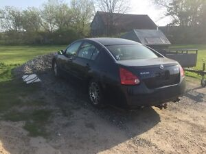 2005 Nissan Maxima - Parting Out