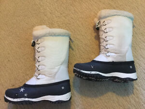Baffin winter boots for girl size 5