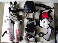 Tenue hockey complète pour enfant 6-8 ans