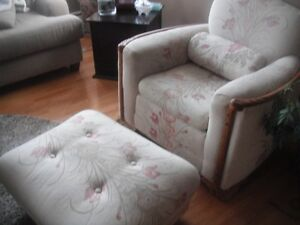 ANTIQUE CHAIR/FOOTSTOOL