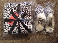 Slippers with matching robe (BNWT)