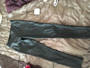Cute fake leather pants