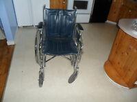 Chaise roulante/Wheelchair