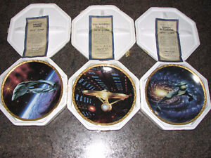 STAR TREK THE VOYAGERS Ship Collection Plates - Set of 3