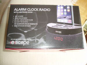 ALARM CLOCK RADIO FOR ANY APPLE DEVICE West Island Greater Montréal image 5