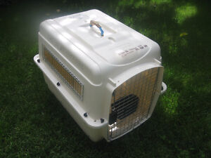 PETMATE  DOG Vari-kennel Ultra