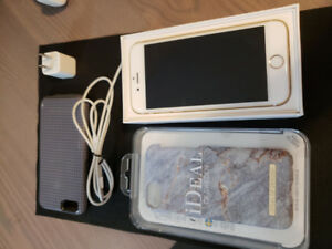iPhone 6S 16 GB in Gold