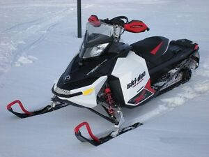 Skidoo Renegade Backcountry X - Reduced!