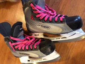Size 4 Bauer hockey skates