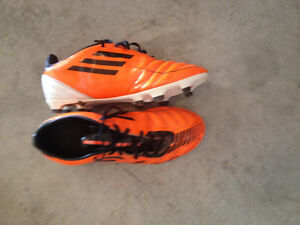 Adidas cleats youth size 8