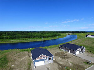 Large waterfront bungalow has it all, close to Edmonton