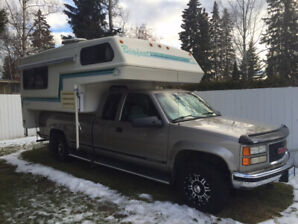 "1998 GMC 2500 4X4 with 78,000 KM'S with 9'6"" Bigfoot Camper"