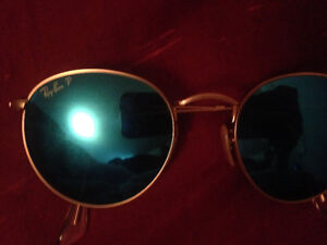 New ray bans 180.00 or make me an offer. Men's or women's