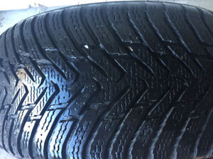 255/40R19 Nokian Hakka in good shape